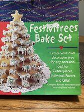Fox Run Festive Christmas Tree Bake Set  A