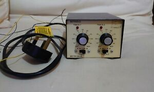 Gaugemaster Series D, Dual Controller for two tracks, Power Unit