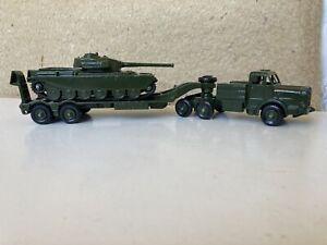 Dinky Models 651/660 Centurion Tank/Tank Transporter.
