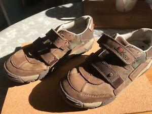 Clarks boys planet racer shoes size 13G