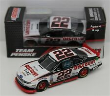 BRAD KESELOWSKI 2014 DISCOUNT TIRE 1/64 ACTION DIECAST CAR #22 FORD MUSTANG