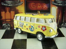 NEW KINSMART 1962 VW VOLKSWAGEN CLASSICAL BUS PEACE AND LOVE LOOSE 1:64 SCALE
