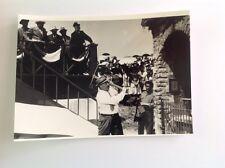 """FERNANDEL dans """"DON CAMILLO MONSEIGNEUR """"- PHOTO DE PRESSE   13x18cm"""