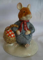 Royal Doulton - Brambly Hedge Mouse Mice Figurine - DBH 34 - Wilfred Carries The