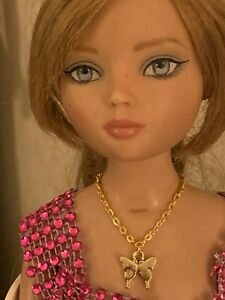 Golden Butterfly Necklace for Ellowyne and Similar-Sized Dolls