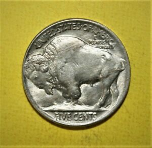 United States Buffalo Nickel 5 Cents 1920 Uncirculated + Coin - Nicely Toned