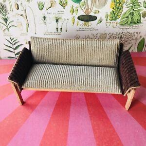 RARE Lisa of Denmark retro couch - vintage dollshouse mini 1:16 (Lundby) scale