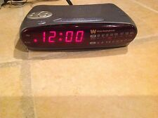 White Westinghouse WCR-15315 AM/FM DIGITAL CLOCK RADIO ALARM