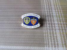 Leeds United v Valencia 2004 pre temporada Insignia Pin de fútbol amistoso