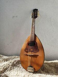 alte Mandoline, rundbauch, ohne Zettel, zum Herrichten oder selber spielen