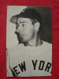 Joe Dimaggio   Postcard Rare  1950's or 1960's NY Yankees Baseball post card