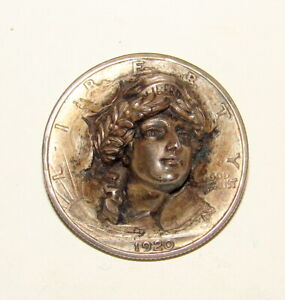 1920 WALKING LIBERTY HALF DOLLAR POP PUSH PUNCH OUT REPOUSSE COIN PIN BROACH
