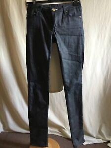 Superbe jean ACNE taille 27 en parfait état.