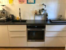 moderne Küchenzeile Ikea 2,60 Meter 4 Module weiß, Arbeitsplatte schw.