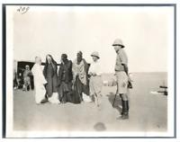 Nigeria, Visite de Touaregs  Vintage silver print. Série de photos avec le sujet