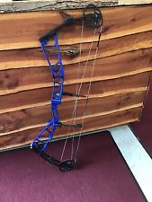 "Elite Echelon 39 Blue Riser w/ Black Limbs 28.5"" D/L 60lb D/W Right Hand"