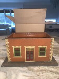 Lionel City Pre-war #124 Standard Gauge Station Waiting Room PARTS OR RESTORE!!!