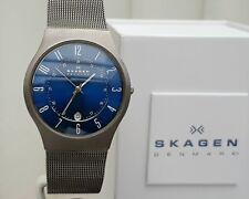 Mens SKAGEN Slim Watch TITANIUM case BLUE Dial MESH Self adjust. strp Boxed (SK8