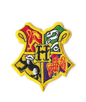 HOGWARTS CREST Iron on / Sew on Patch Embroidered Badge Harry Potter PT357