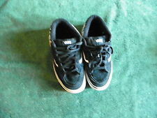 VANS SKATEBOARDER SKATER ATHLETIC SHOES BLACK & WHITE BOYS GIRLS YOUTH SIZE 3.0