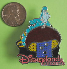 DISNEY MAIN STREET ELECTRICAL PARADE PIN MUSHROOM CATEPILLAR  HTF LE SHIP #6345
