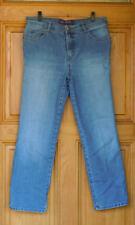 Gloria Vanderbilt Ladies Size 12 Short Classic Straight Leg Blue Jeans