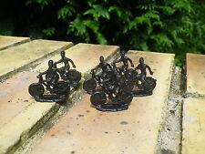 MILITAIRES lot de six soldats sur leur vélo, plastique échelle HO 1/76 ou 1/87