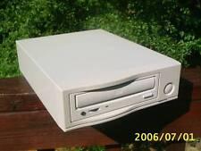 KURZWEIL K2500  K2600 CD-ROM DRIVE W/SCSI CABLE  NEW