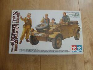 L215 Tamiya Model Kit 35304 - German Kübelwagen Type 82 Ramcke Parachute Brigade