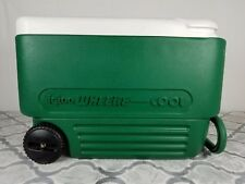Vtg IGLOO Wheelie Cool Cooler Picnic Trunk Green White Beach Retro Ice Chest USA