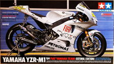 Tamiya 14120 1/12 Model Kit Fiat Yamaha YZR-M1 Estoril Special Edition MotoGP'09