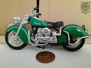 INDIAN   1-18 SCALE MAISTO MOTORCYCLE MODEL