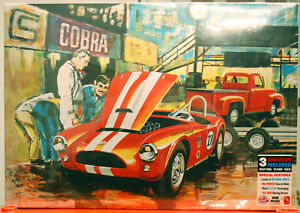 53 Ford Cobra Racing Team Set aus drei Kits 53 Ford 63 Shelby & Trailer AMT 1073