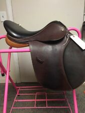 Collegiate RG English Saddle Close Contact 16.5 inches Saddle