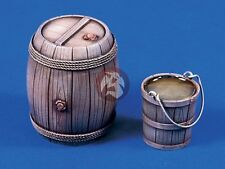 Verlinden 120mm (1/16) Wooden Barrel and Water Bucket [Resin Diorama Model] 643