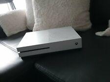 Microsoft Xbox One S in Weiß