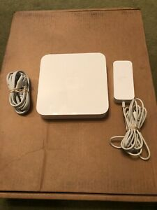 APPLE A1408 5TH GENERATION AIRPORT EXTREME BASE STATION 802.11N WIRELESS ROUTER