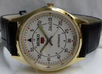 7S26 GOLD PLEATED SEIKO 5 DAY&DATE AUTOMATIC WHITE COLOR DIAL NUMERIC FIGURE