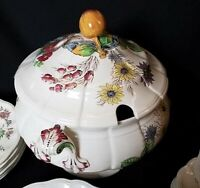 Vintage REYNOLDS by COPELAND SPODE ENGLAND Tureen with Lid