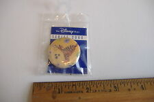 ~TIGGER BOUNCING~THE DISNEY STORE~SERIES 2000~ROUND PIN~MINT IN BAG~