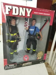 FDNY NEW YORK'S BRAVEST FIREFIGHTER  NEW Sealed MINT condition Sept. 11th Rare!