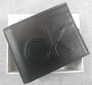Calvin Klein Men's Genuine Leather RFID BLACK Bifold Passcase Wallet NIB