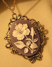 Lovely Floral Rimmed Bowed Violet & White Flowers Goldtone Pendant Necklace