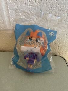 2021 McDonald's Happy Meal Kids Toy Scooby-Doo Toy # 3 Daphne Bobble Figure Toy