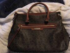 VVEUC $199 calvin klien handbag  YOU will love this. used for one trip!!!