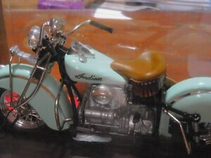 INDIAN 442 IN LINE 4 CYLINDER  MOTORCYCLE TOY MODEL COLLECTOR 1:10 MINT IN BOX