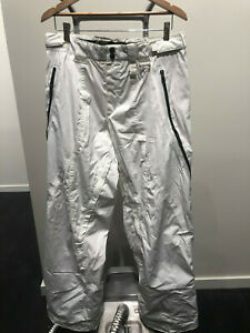 Oakley Men's Ski/Snowboard Pants in White. Size Large. New with no tags