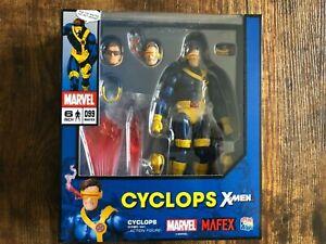 MAFEX - Cyclops X-Men 1/12 Scale Action Figure
