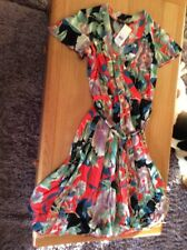 size. 10 dress Retro Looking  Summer   DP New  RRP £35