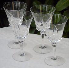 Lot de 4 verres à vin rouge en cristal taillé de Vannes. Signés